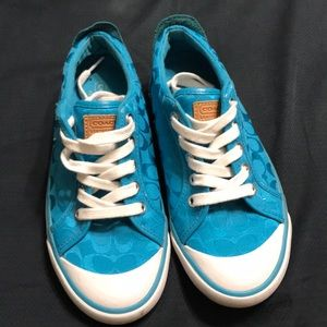 Lightly used very nice blue Coach sneakers sz 6B